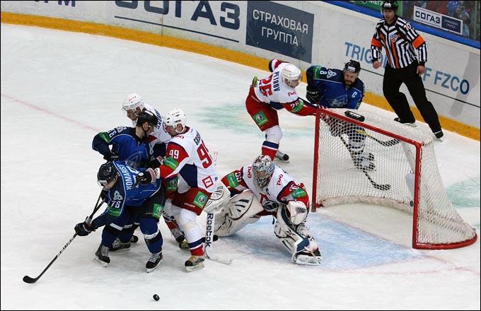 Нефтехимик — Локомотив: 29-10-2015