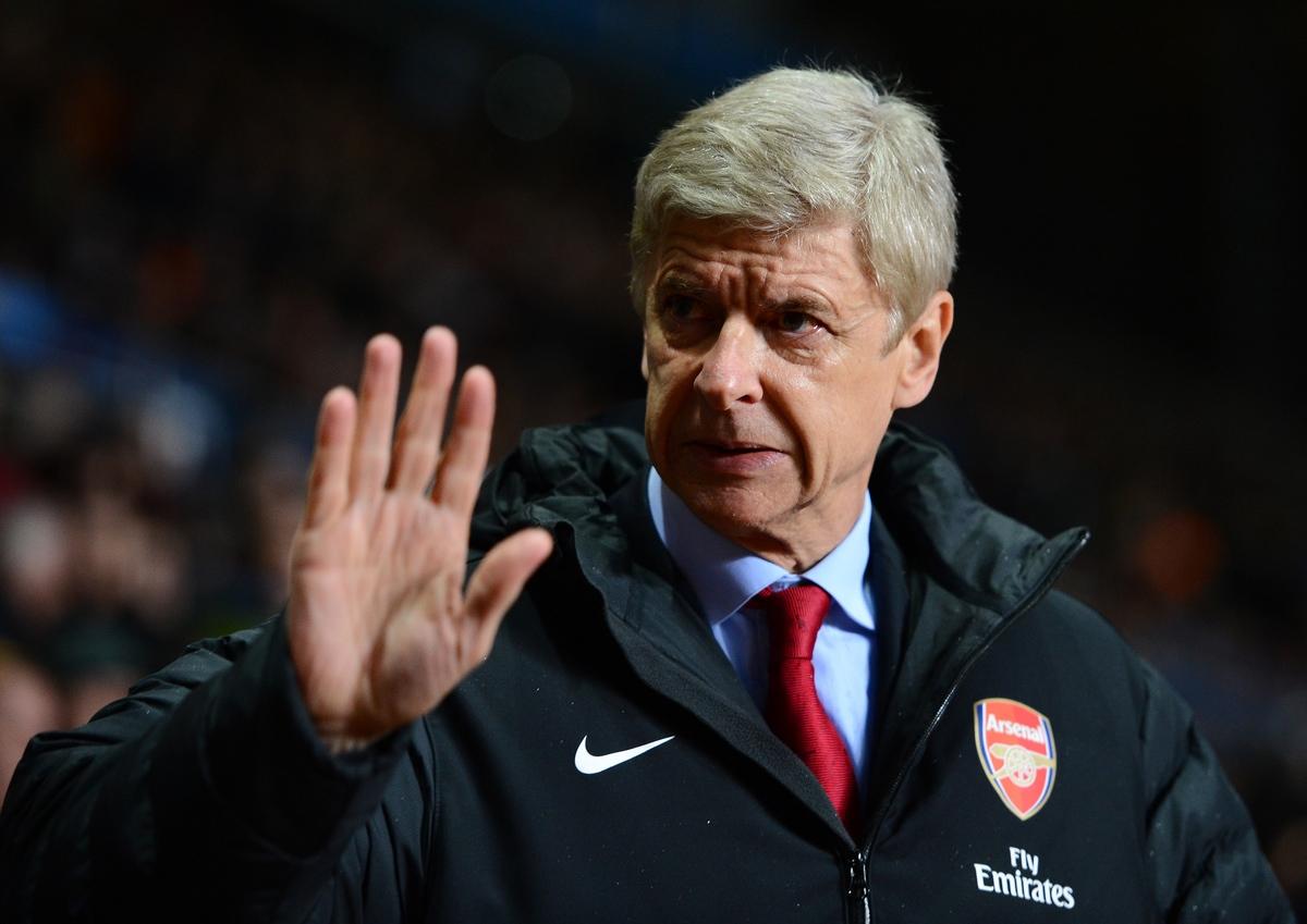 Арсенал собирается продлить контракт с Венгером