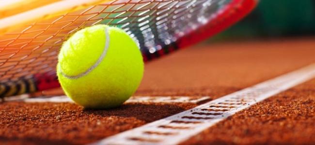 Польской теннисист дисквалифицирован за посещение Уимблдона
