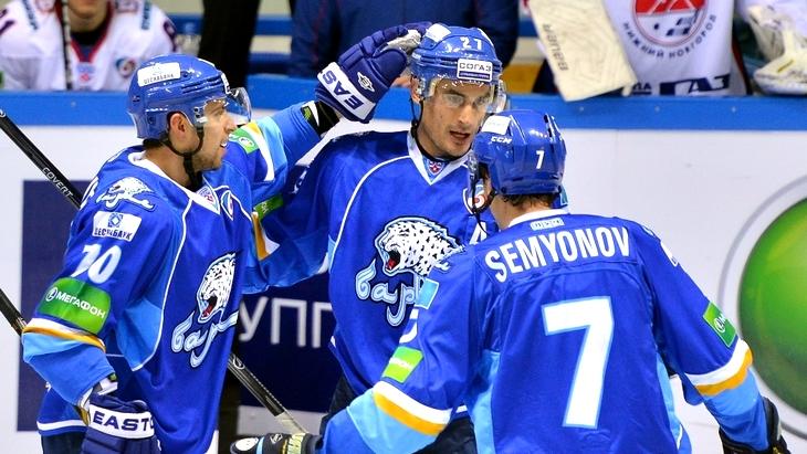 Металлург Новокузнецк — Барыс: 22-12-2015
